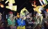Puncak rangkaian acara Ancol Asian Festival digelar meriah, Sabtu (25/8) malam, di kawasan lampion Asia di Pantai Festival Ancol.