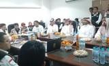 Pusat Kesehatan Haji menggelar telekonference dengan Kementerian Kesehatan Daerah Kerja Madinah, Selasa (23/7).