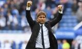 Reaksi pelatih Chelsea, Antonio Conte seusai laga Liga Primer Inggris lawan Leicester City di Stadion King Power, Sabtu (9/9). Chelsea menang 2-1.