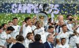 Real Madrid merayakan keberhasilan menjuarai La Liga Spanyol 2019/2020.