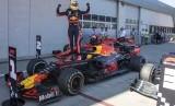 Corona menyebabkan teknisi tim Red Bull yang berasal dari Jepang sulit bepergian (Foto: ilustrasi tim Red Bull)