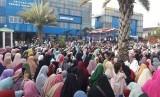 UAS Sampaikan 4 Pesan Penting di Depan Ribuan Jamaah Cirebon