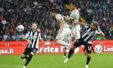 Rodrigo Bentancur (kedua kiri) saat mencetak gol pertamanya untuk Juventus dengan membobol gawang Udinese.