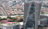 Menutup pertengahan tahun 2020, PT Telkom Indonesia (Persero) Tbk (Telkom) mencatat pendapatan konsolidasi Perseroan sebesar Rp 66,9 triliun dengan laba bersih Rp 10,99 triliun. EBITDA (Earnings Before Interest Tax Depreciation Amortization) semakin menguat dengan pertumbuhan 8,9 persen YoY menjadi Rp 36,08 triliun dan margin EBITDA yang tumbuh 6,2 ppt menjadi 54 persen.