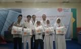 Sebanyak 1.440 anak yatim dan dhuafa mendapat santunan kado lebaran dari Rumah Zakat Indonesia (RZI).Santunan dilakukan di ruang Serba Guna Jakarta Islamic Centre, Jakarta Timur. Ahad (19/5).