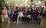 Sebanyak 51 Pekerja Migran Indonesia Bermasalah (PMI-B) yang berasal dari  Yordania akhirnya berhasil pulang ke tanah air dengan selamat pada Sabtu (20/4) malam.
