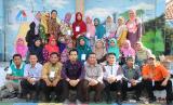 Sejumlah guru daerah mengikuti kegiatan di Kampung Matematika Laladon.