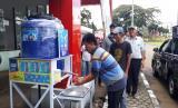 Sejumlah tempat keramaian Kota Sukabumi dipasang tempat cuci tangan atau wastafel umum untuk mencegah penyebaran Corona, Ahad (22/3)