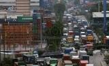Kemacetan truk di Tanjung Priok, Jakarta Utara. (Ilustrasi)