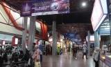 Sejumlah warga mengunjungi arena Jakarta Fair 2019 di JiExpo Kemayoran, Jakarta, Rabu (22/5).