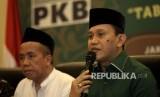 Abdul Kadir Kading (kanan)