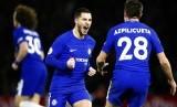 Selebrasi gelandang serang Chelsea Eden Hazard (tengah) setelah menjebol gawang West Bromwich Albion.