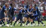 Selebrasi pemain timnas Prancis setelah berhasil meraih gelar juara pada pertandingan final Piala Dunia 2018 antara Prancis melawan Kroasia di Stadion Luzhniki, Moskow, Ahad (15/7) malam WIB.