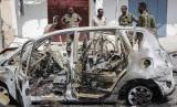 Serangan bom mobil di dekat istana kepresidenan, di Mogadishu, Somalia, Rabu (8/1). Somalia kembali diguncang bom mobil dengan target kontraktor jalan asal Turki, Sabtu (18/1).