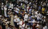 5 Kerugian Datang Terlambat Sholat Berjamaah di Masjid