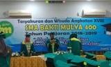 SMA Bakti Mulya 400 menggelar wisuda angkatan ke-18.