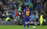 Sriekr Barcelona Lionel Messi pada laga El Classico di  Santiago Bernabeu Stadium, Madrid,Spanyol, Ahad (1/2)