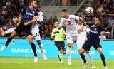 Stefan de Vrij (kiri) saat mencetak gol untuk Inter Milan ketika melawan Torino.