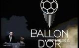Striker Barcelona FC Lionel Messi menyampaikan sambutan pada malam penganugerahan  Ballon dOr 2019 di Theatre du Chatelet, Paris, Perancis, (3/12) dinihari.