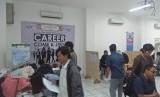 Suasana Job Fair dan Entrepreneur Fair yang diadakan di UBSI Kampus Yogyakarta.