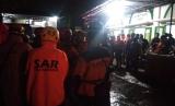 Nama 7 korban meninggal dunia susur sungai SMPN 1 Turi. Foto: Suasana koordinasi pencarian korban hanyut di Sungai Sempor, Kecamatan Turi, Kabupaten Sleman, Jumat (21/2)