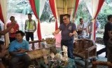 Suasana Padepokan Syahbanda Kari Madi (SKM) milik Nurseno SP Utomo di Desa Tegalgede, Kecamatan Pakenjeng, Kabupaten Garut, Jumat (24/1).