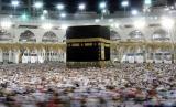 Suasana tawaf di Makkah pada musim haji (ilustrasi)