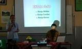 Suasana training motivasi yang dilaksanakan oleh Yayasan Bosowa Bina Insani (YBBI) Bogor untuk para karyawan non-guru dan tata usaha (TU).