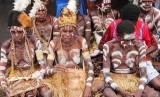 Suku asmat Papua (ilustrasi)