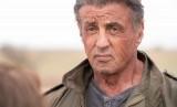 Sylvester Stallone dalam Rambo: Last Blood. Stallone mengunggah fotonya dengan rambut beruban di Instagram.