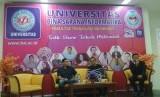 Talk Show Tokoh Milenial UBSI yang diadakan di UBSI Kampus Sukabumi dihadiri sekitar 300 peserta.