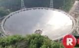 Teleskop Five-hundred-metre Aperture Spherical Radio Telescope (FAST) di Cina