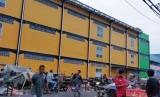 Tempat Penampungan Sementara (TPS) Pasar Minggu yang mangkrak tak ditempati.