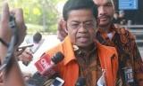 Tersangka kasus dugaan suap proyek PLTU Riau-1 Idrus Marham