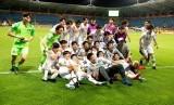 Tim Korea Selatan merayakan keberhasilan lolos ke Piala Dunia U-20.