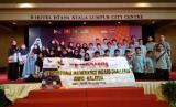 Tim KPM mengikuti olimpiade matematika di Malaysia.