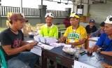 TPS 16 di Lingkungan Rembiga Utara, Kecamatan Selaparang, Kota Mataram, NTB, angkat tema olahraga.