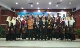UHAMKA menggelar Public Lecture yang mengusung tema Sistem pendidikan tinggi di Malaysia dan Collaborative Meeting di FKIP UHAMKA