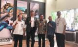 Universitas Muhammadiyah Malang (UMM) bersama beberapa unsur pimpinan PT  Barata di Gresik setelah penandatanganan perjanjian kerjasama, belum lama  ini.