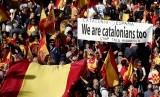 PM Spanyol Berencana Temui Pemimpin Katalunya. Unjuk rasa warga Katalunya yang mendukung Katalunya tetap bersatu dengan Spanyol.