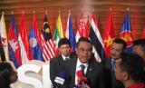 Wakapolri Komjen Syafruddin menghadiri AMMTC (ASEAN Ministerial Meeting of Transnational Crime) di Filipina yang digelar sejak kemarin sampai lusa Senin-Kamis (18-21/9).