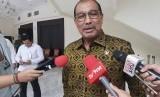 Wakil Ketua DPD RI Nono Sampono usai menemui Wakil Presiden Maruf Amin di Kantot Wapres, Jakarta, Senin (20/1).