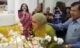 Wakil Presiden Jusuf Kalla merayakan hari ulang tahun sang istri, Mufidah Jusuf Kalla ke-76.