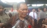 Wali Kota Bandung, Oded M Danial saat peletakkan batu pertama Gedung Pusat Kebudayaan Tionghoa Indonesia di Jalan Suryani, Kota Bandung.