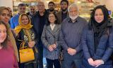 Umat Hindu dan Muslim Leicester Gelar Makan Bersama. Warga Hindu dan Muslim akan menggelar acara makan bersama sebagai bagian dari skema mendorong persahabatan antaragama di Leicester, Inggris.