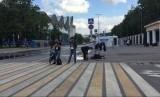 Wartawan melakukan live report perhelatan Piala Dunia di Moskow, Rusia, Rabu (13/6).