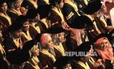 Sarjana IAIN Palu diharapkan tampil sebagai solusi di masyarakat, Foto wisuda sarjana (ilustrasi)