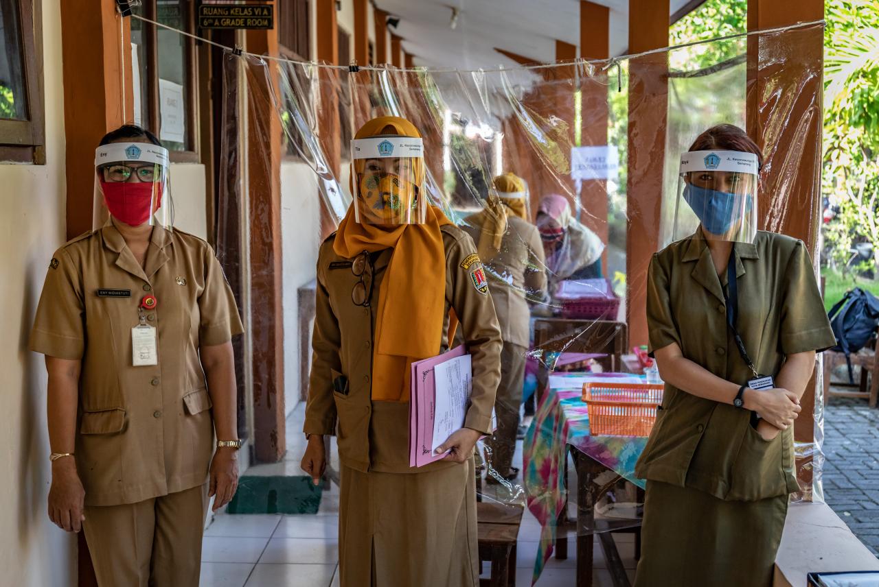 BUNDA , Sekolah Tatap Muka RESMI Dibuka Januari 2021,  Guru Tak Langsung Mengajar Pinta Mendikbud - liputan9
